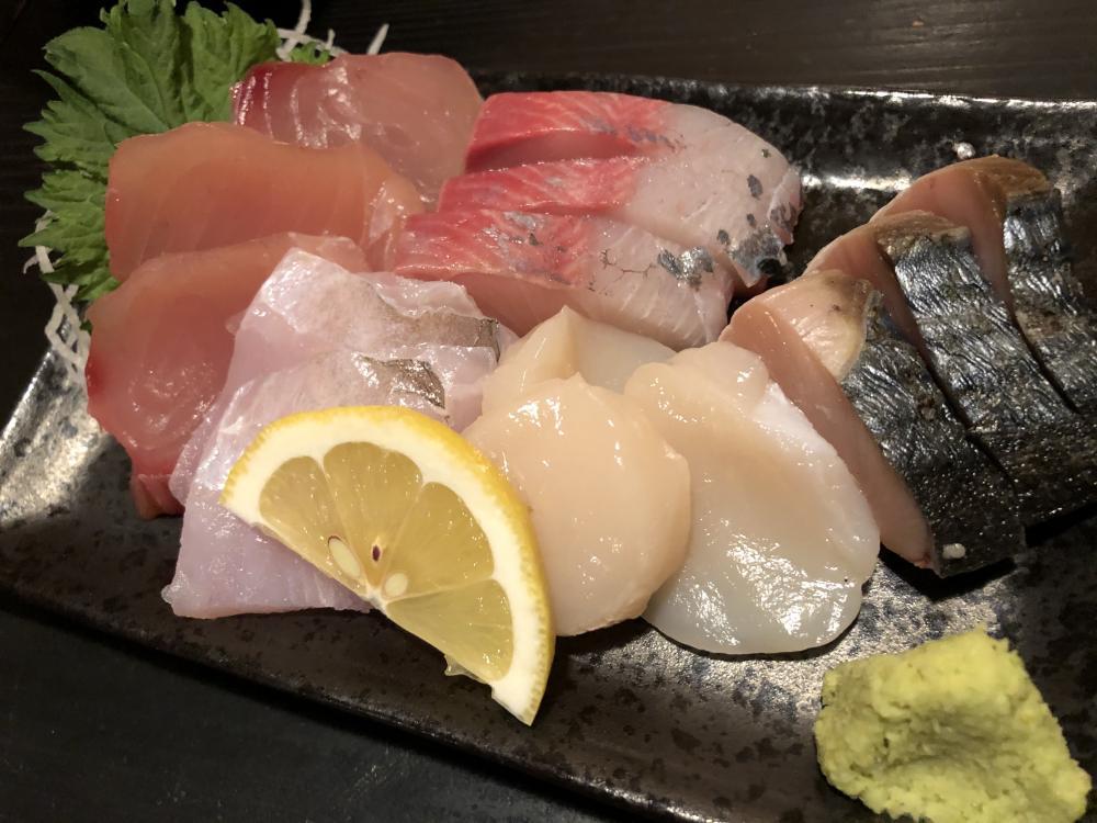 魚菜丸盛り